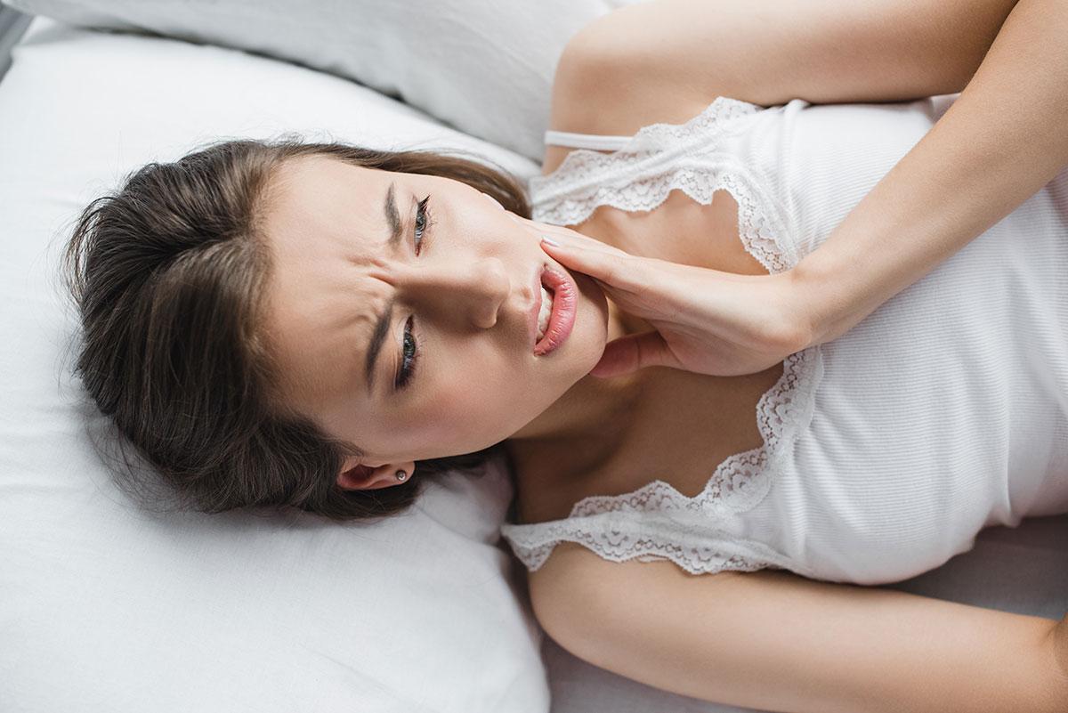 El dolor de mandíbula y sus causas más frecuentes